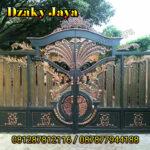 pintu pagar besi tempa klasik model ornamen kipas